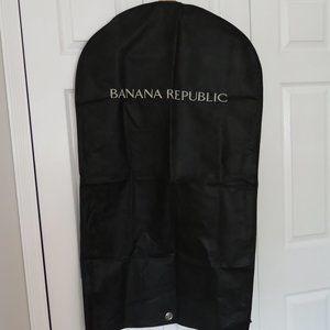 BREATHABLE BANANA REPUBLIC SUIT-GARMENT COVER